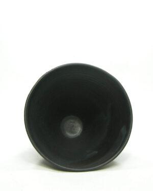 1591 – vintage bloempot tuit model mat zwart