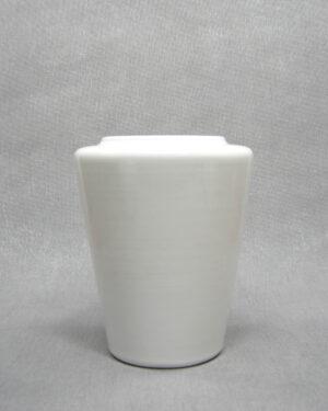 1649 - vintage vaas op stokjes gebakken 638 wit