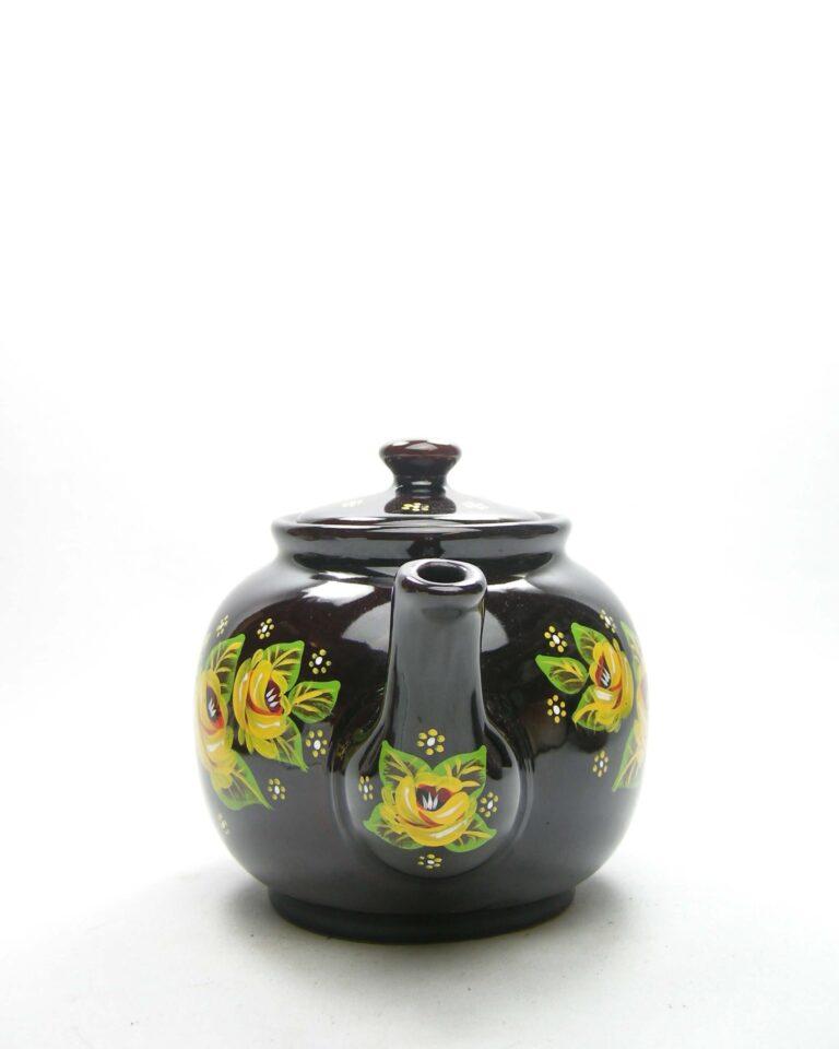 669 – vintage Theepot gesigneerd bruin met bloemen bruin-geel-groen-wit